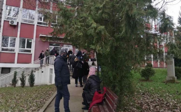 Novinari će biti vakcinisani na zahtjev Makedonske asocijacije novinara