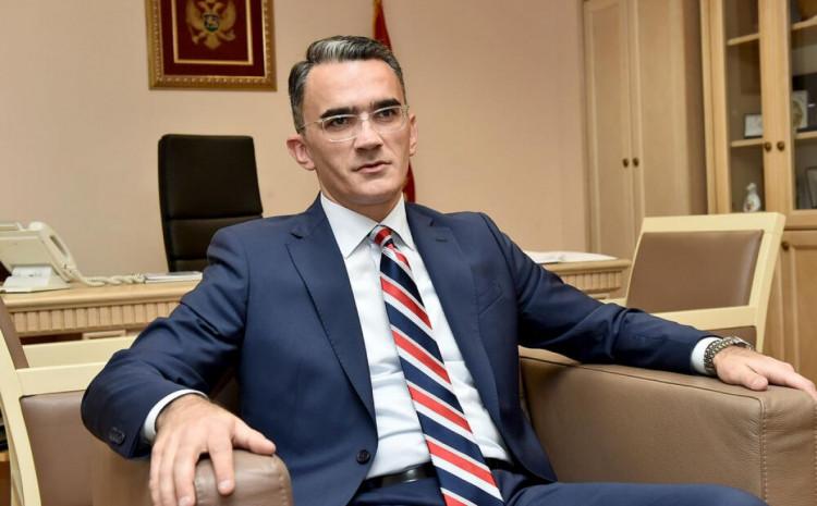 Leposavić: Ne mogu lično priznati zločin u Srebrenici, jer ga nisam ja počinio