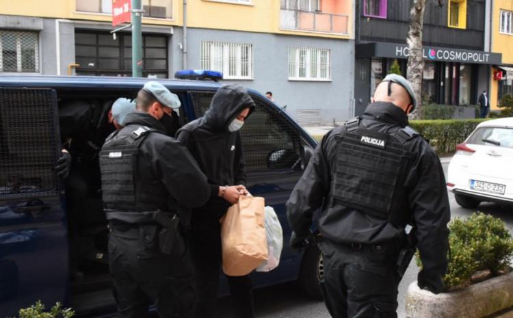 Dovođenje osumnjičenog Arslanagića u Tužilaštvo