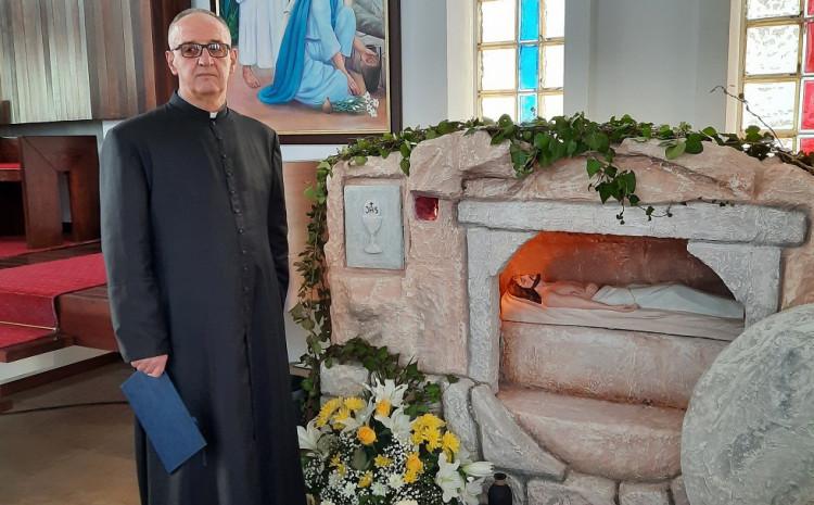 Velečasni Tomić: Prikaz groba pun simbolike
