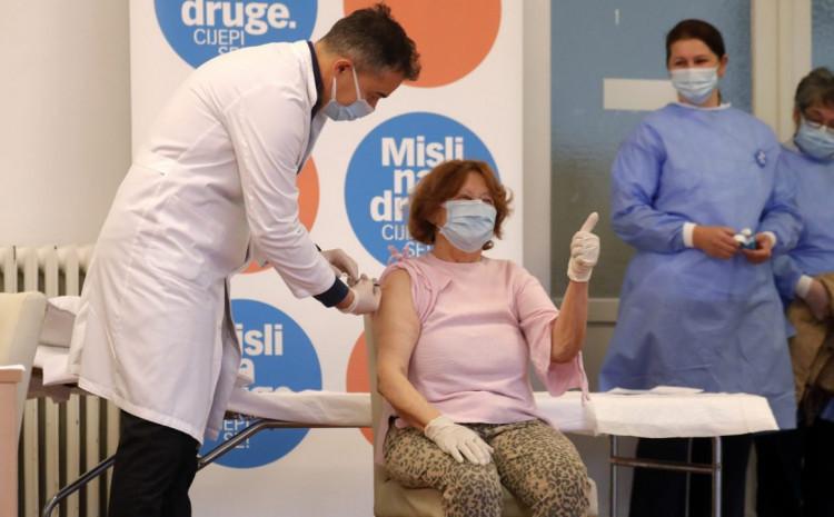 Počinje masovna vakcinacija