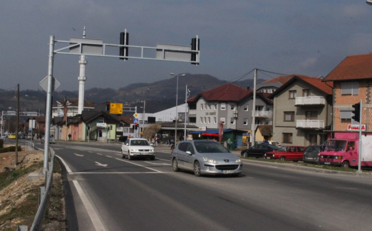 Nesreća se dogodila na putu Doboj - Tuzla