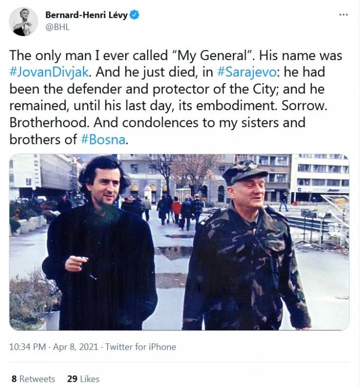Levi s generalmom Divjakom
