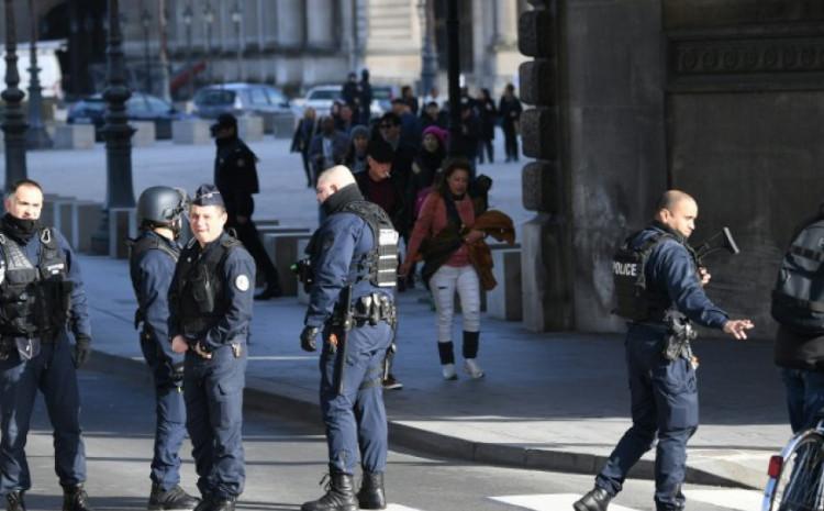 Policija traga za napadačem