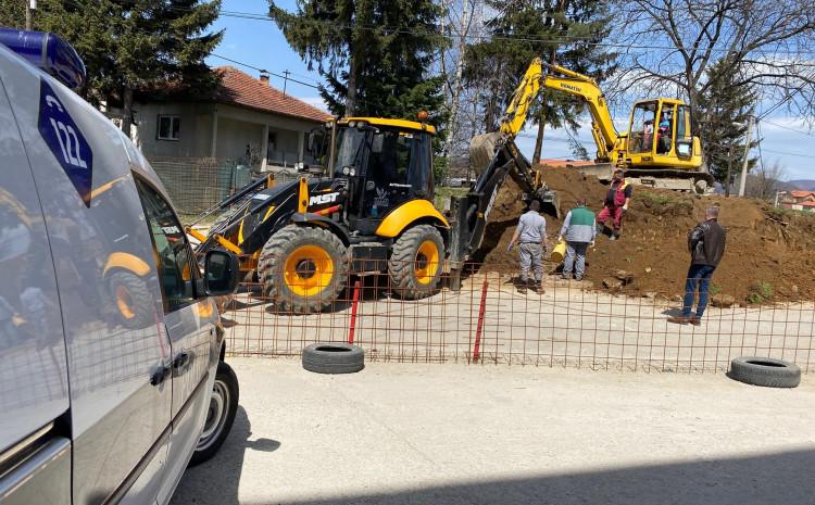 Posmrtni ostaci su uočeni u petak, prilikom izvođenja građevinskih radova na ovom lokalitetu