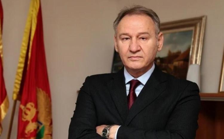 Milan Lakić