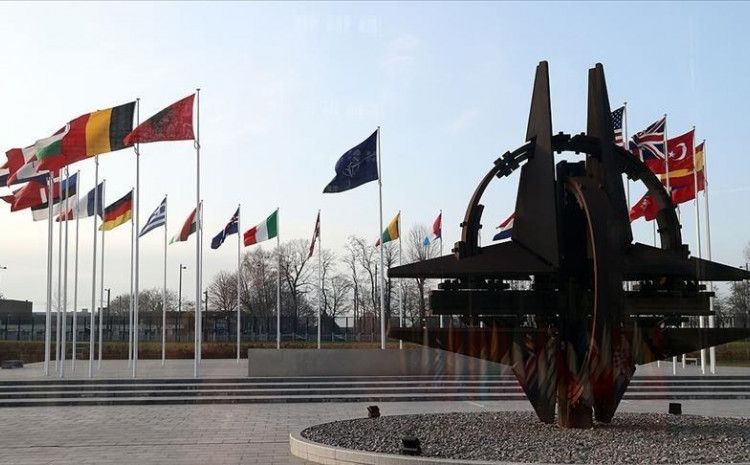 NATO Allies support and stand in solidarity with the United States, following its 15 April announcement of actions to respond to Russia's destabilizing activities