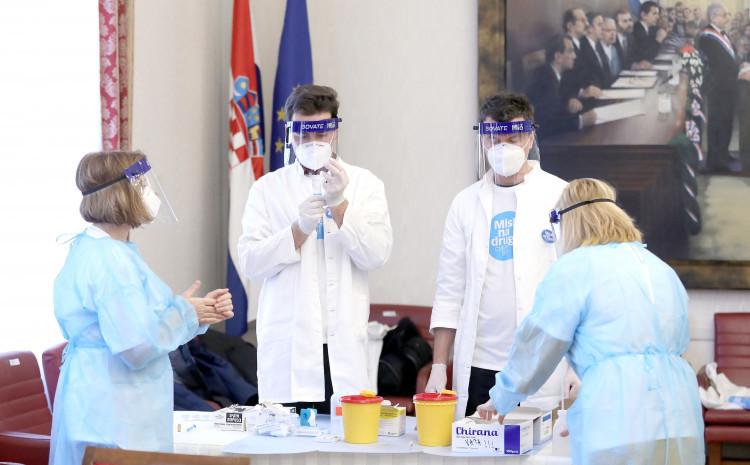 U toku vakcinacija