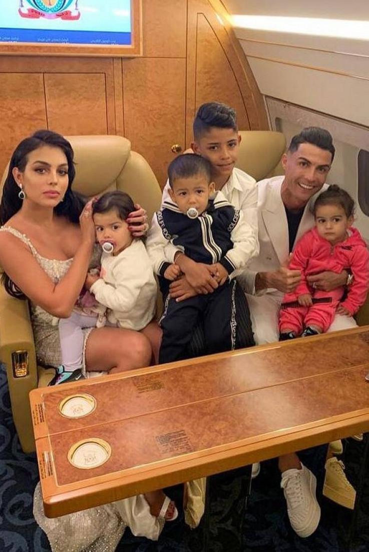 Ronaldo i Rodriges sa djecom