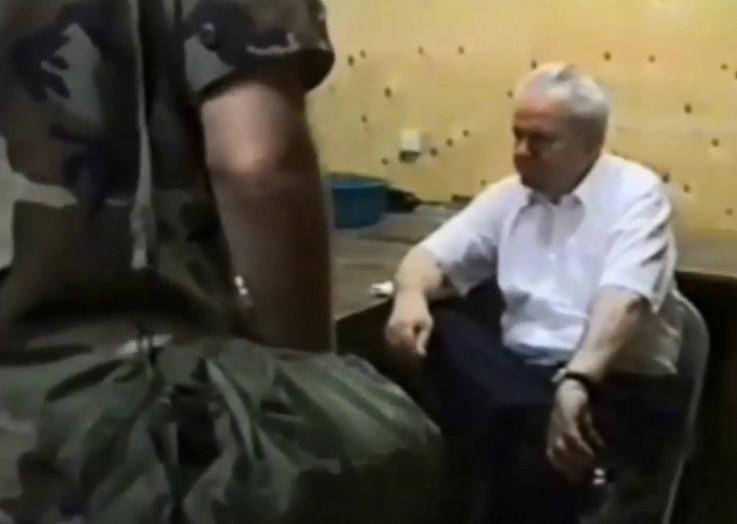 Milošević prilikom izručenja