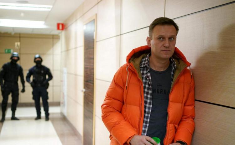 Navaljni: U teško zdravstvenom stanju