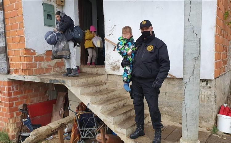 Iz napuštenih objekata je izmješteno devet porodica