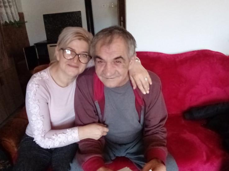 Preminuli Atif Hota sa sestrom Mirsadom