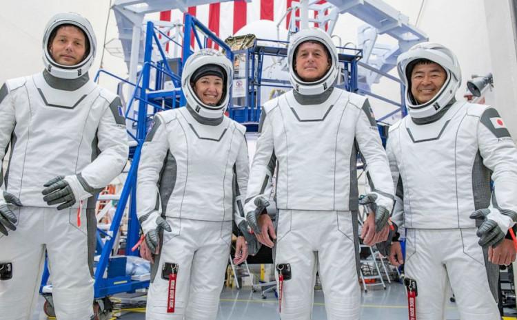 Četveročlana posada astronauta