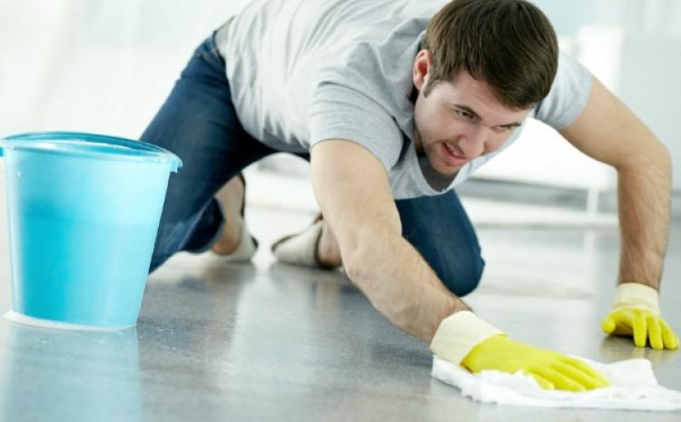 Naučnici su otkrili da su muškarci koji su uključeni u kućne poslove privlačniji ženama