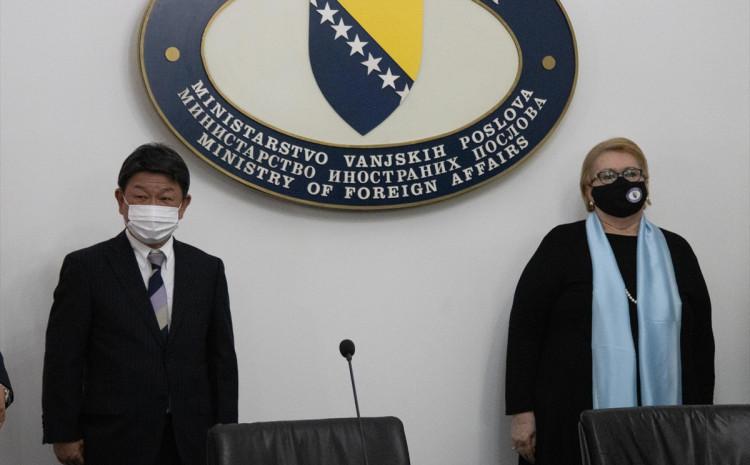Toshimitsu Motegi i Bisera Turković