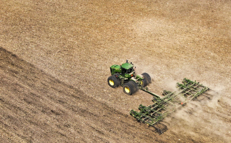Farmer nehotice prekrojio granicu