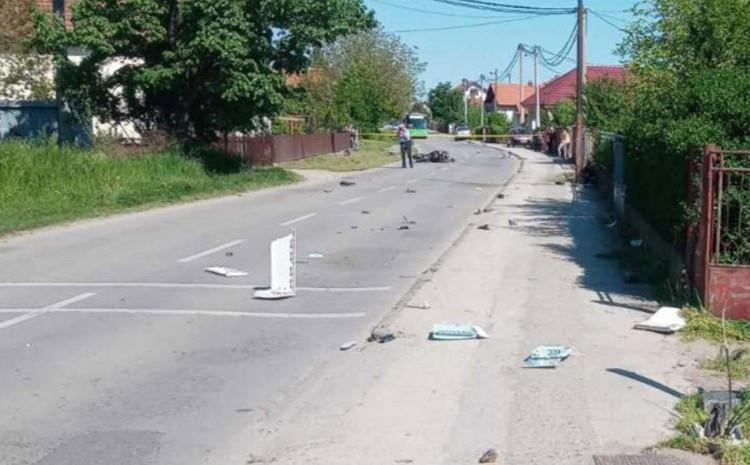 S lica mjesta: Razasuti dijelovi po asfaltu