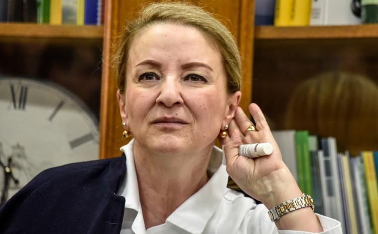 Sebija Izetbegović: Supruga lidera SDA Bakira Izetbegovića