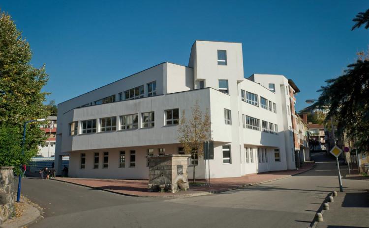 Opća gimnazija u Bosanskoj Krupi