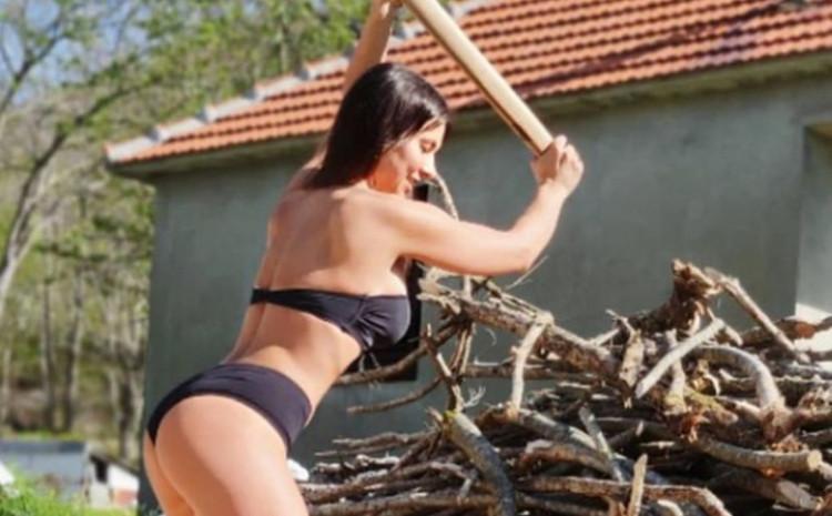 Marina tegove zamijenila sjekirom
