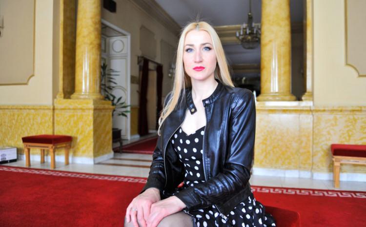 Mona Muratović: Moja porodica je moje uzmljenje