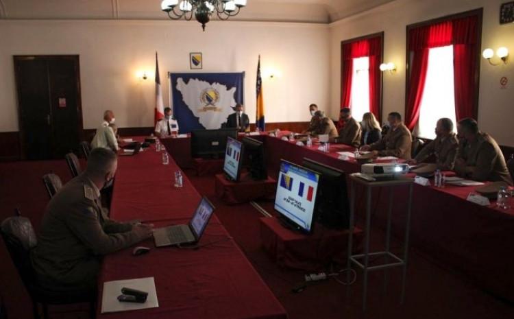 Neke od tema štabnih razgovora bile su odbrambena i sigurnosna politika BiH