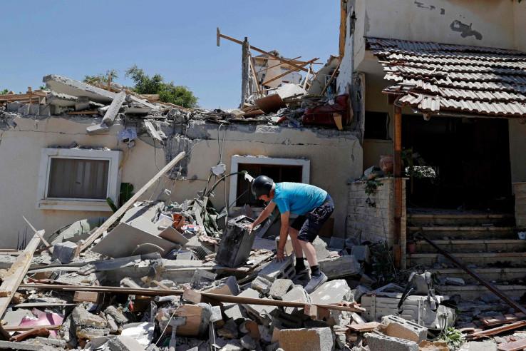 U napadima stradaju civili