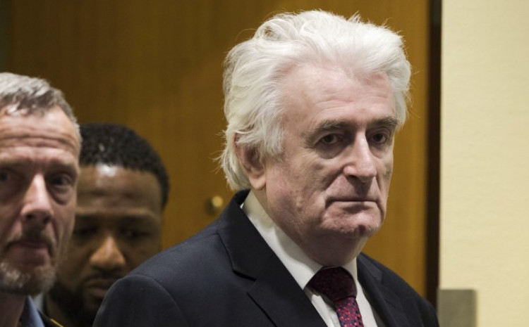 Ratni zločinac Radovan Karadžić