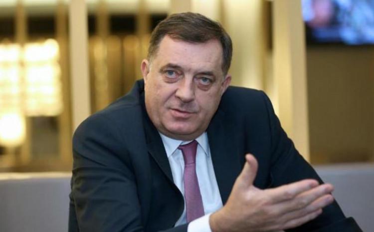 Dodik: Govorio o mirnom razduživanju