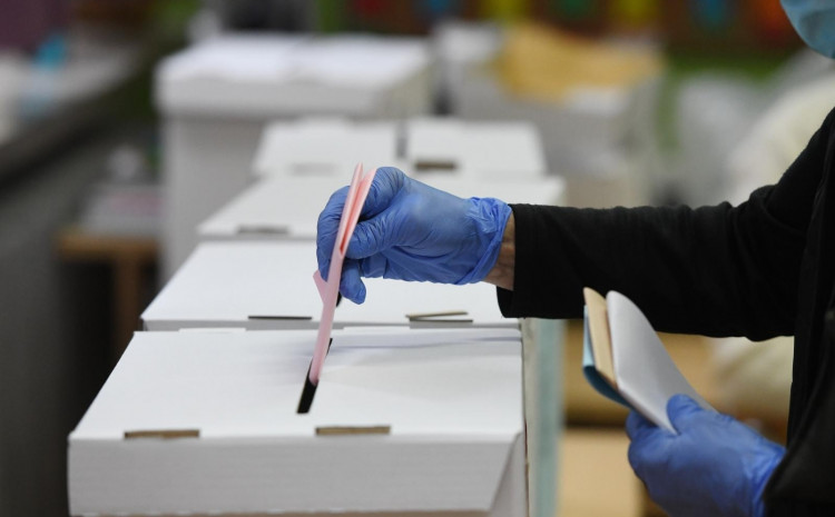Na prošlim lokalnim izborima 2017. do 11.30 izašlo je 15.98 posto birača, što je više nego na ovim