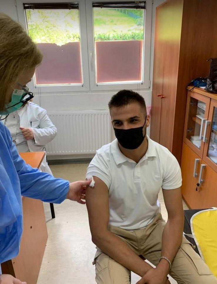 Aličković primio vakcinu