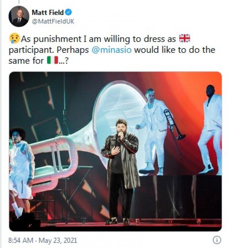 Fild napisao da je za kaznu spreman da se obuče kao učesnik Ujedinjenog Kraljevstva na Eurosongu