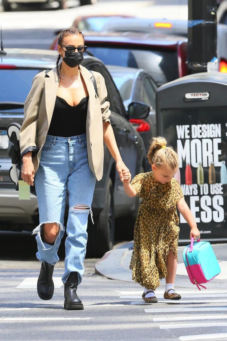 Irina sa kćerkicom