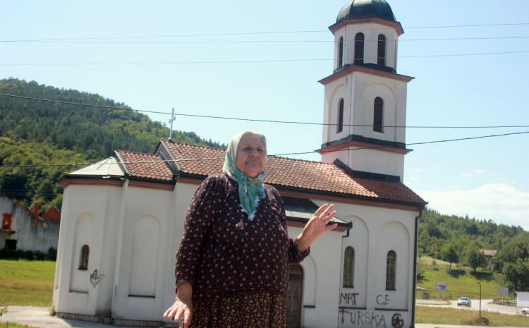 Crkva na zemljištu Fate Orlović je napravljena 1998. godine