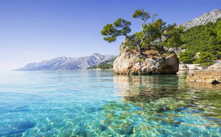 Jadranska obala omiljeno je mjesto za godišnji odmor