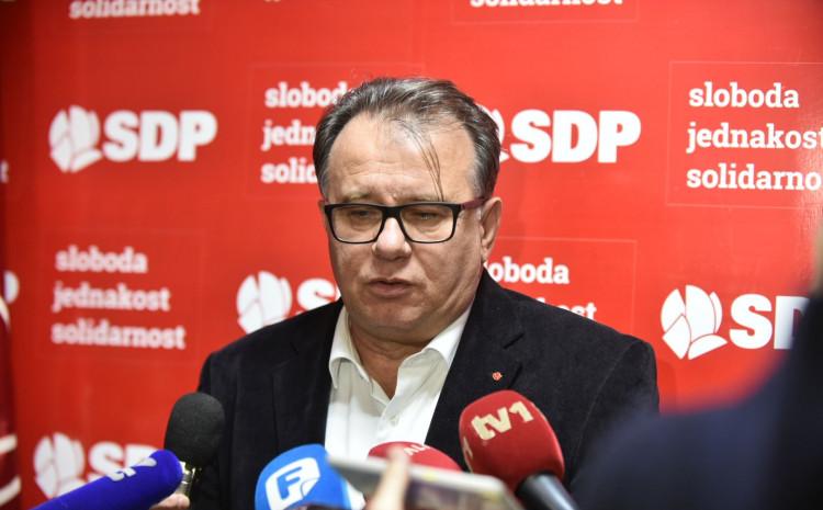 Predsjednik SDP-a BiH Nermin Nikšić