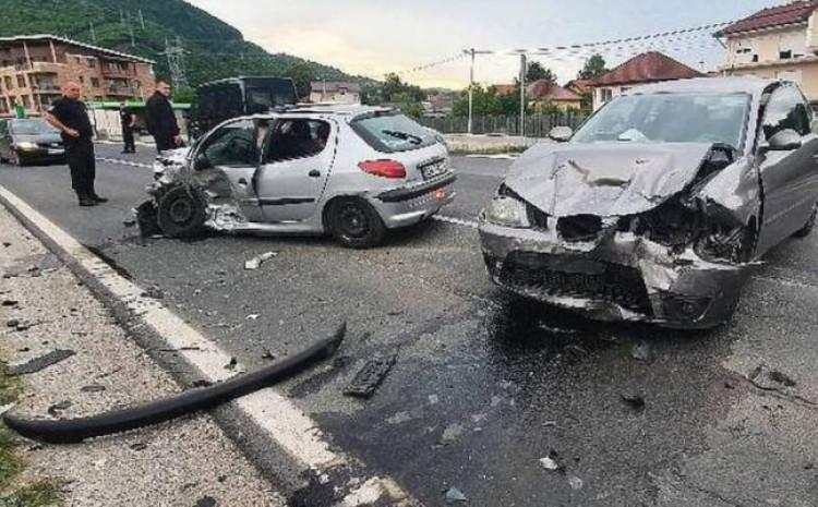 Na vozilima pričinjena velika šteta