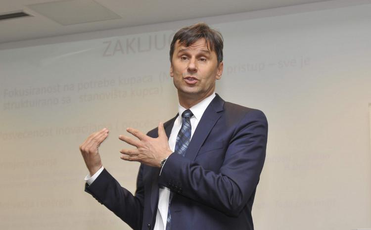 Novalić: Bakirov nadriljekar