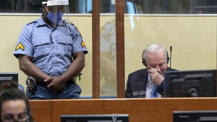 Mladić zaplakao u sudnici