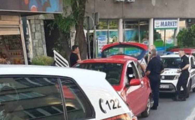 "Policija zaustavila Toyotu"""