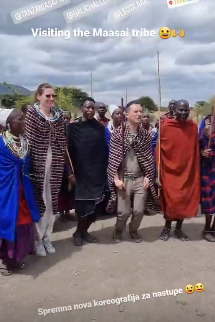Tradicionalni ples s lokalnim stanovništvom