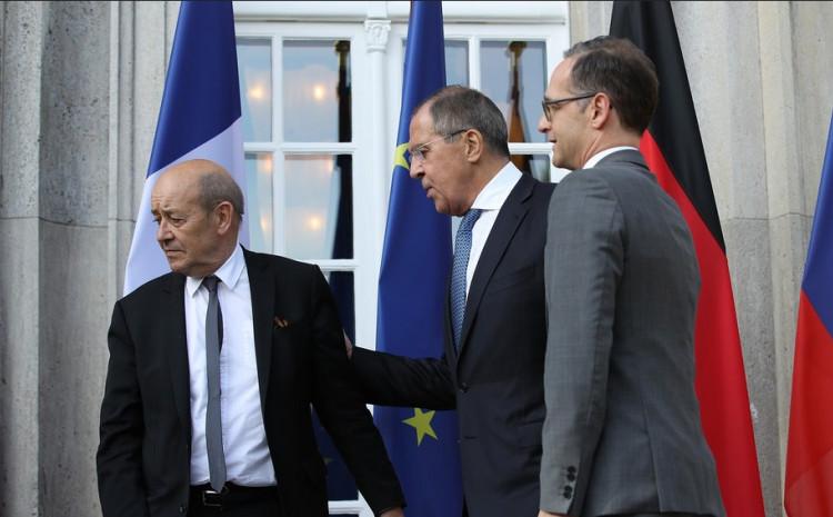 Le Drian, Lavrov i Mas