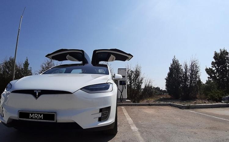 U BiH registrirano 41 električno i 890 vozila na hibridni pogon