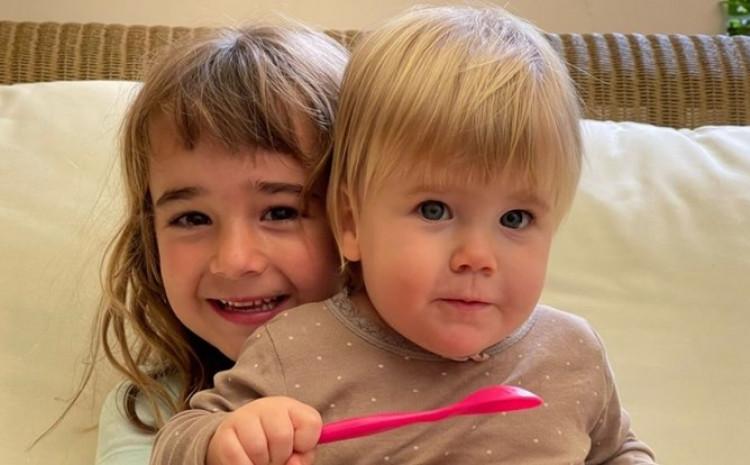 Olivija i Ana