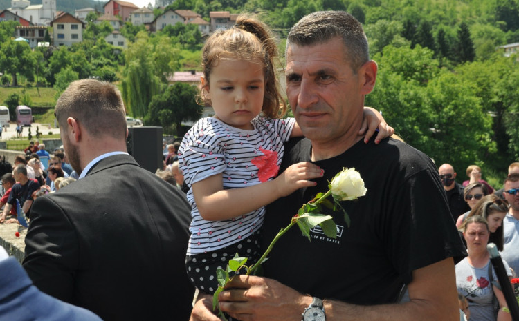 Šabanović: U logoru sam bio sa majkom, bratom, sestrom i više od 300 Bošnjaka