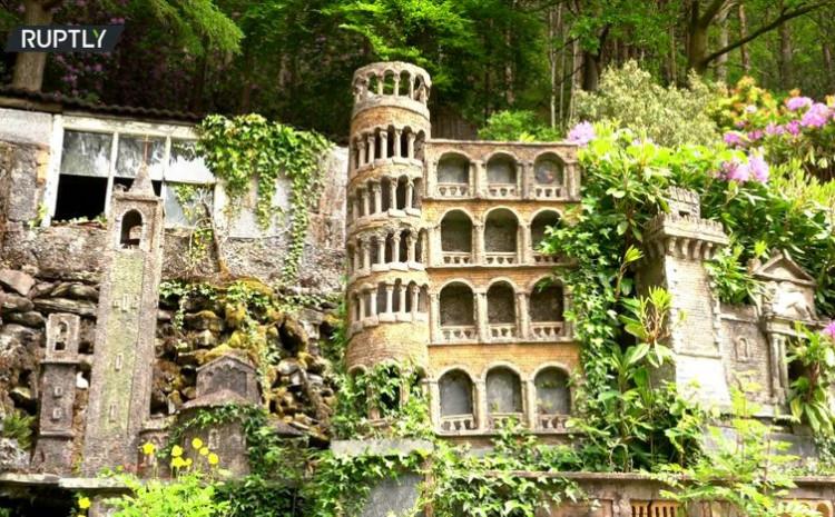 Kolekcija je zbirka Markovih uspomena sa putovanja u Italiju