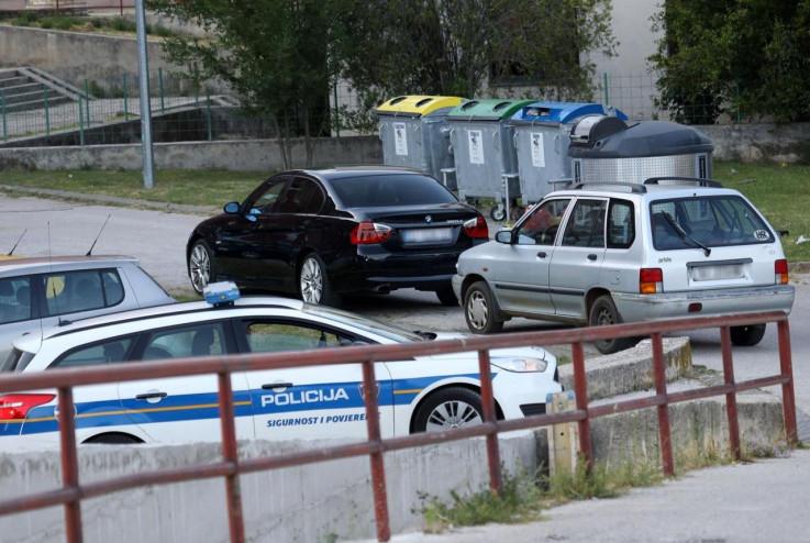 Policija zatekla užasnu scenu u BMW-u