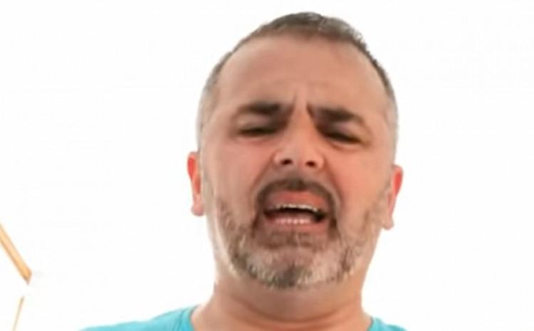 Juklo: Opjevao još jedan bh. događaj