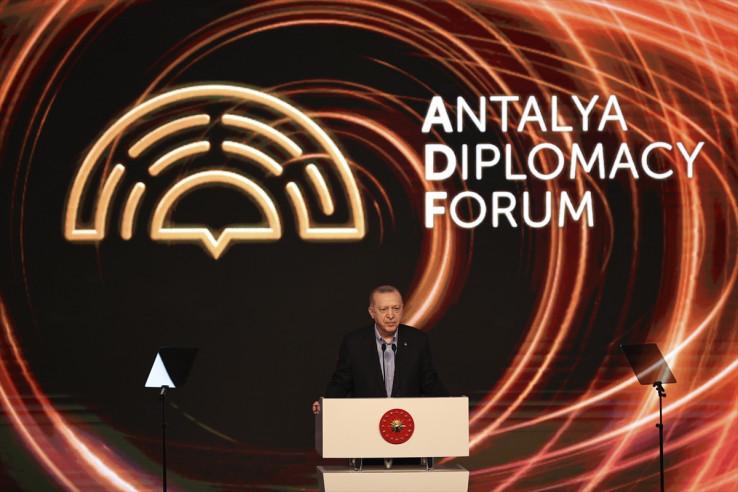 Erdoan je također kazao da će se Turska u narednom periodu fokusirati na vlastiti razvoj